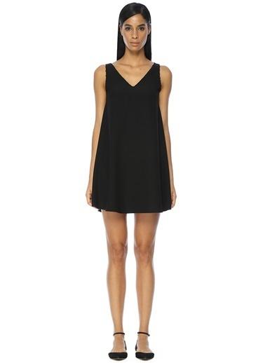 V Yaka Kolsuz Mini Elbise-Academia